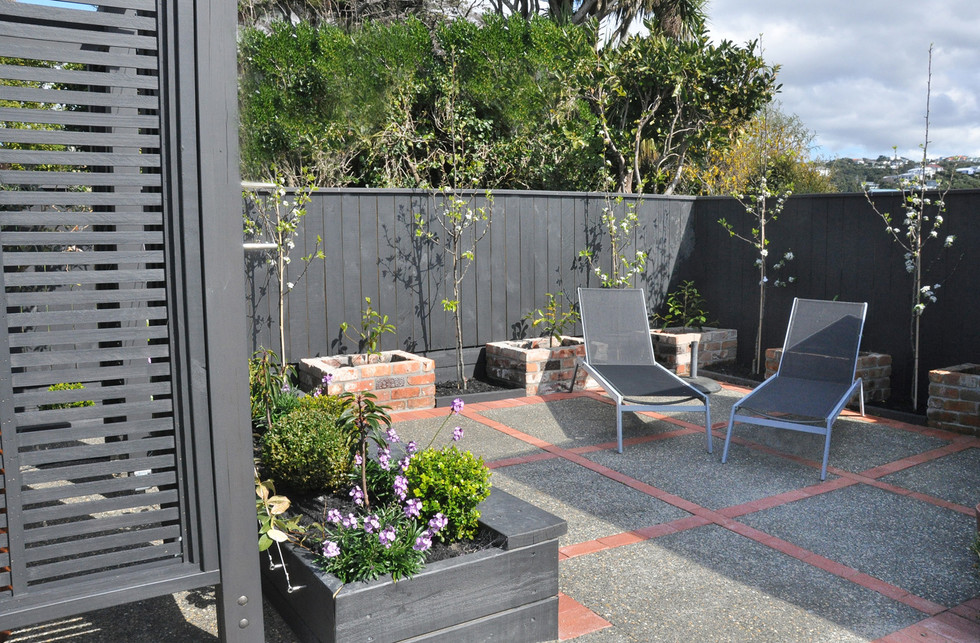 Patio designed by MosaicDesign
