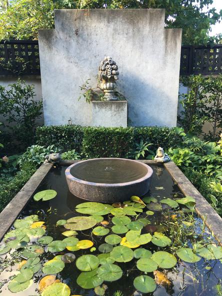 Fountain by Mosaicdesign