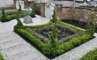 Garden design in Woburn