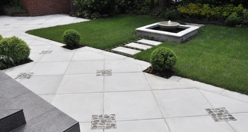 Paving and fountain design by Mosaicdesign
