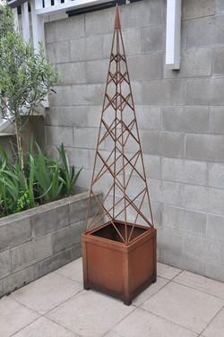 Obelisk designed by Mosaicdesign