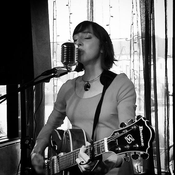 Kelly Izzo Shapiro at Lemoncello