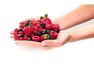 Los beneficios de los frutos rojos y azules
