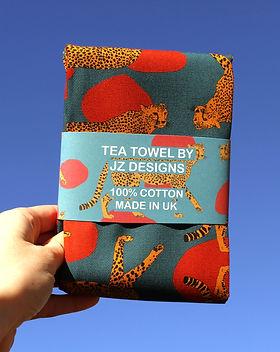 tea towels - cheetah. animal patterns.