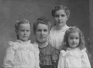 Hazel, Inez, Eva, Edna Gwynn 2.jpg