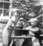 Lidgie Foner and Jane Lapiner_edited.jpg