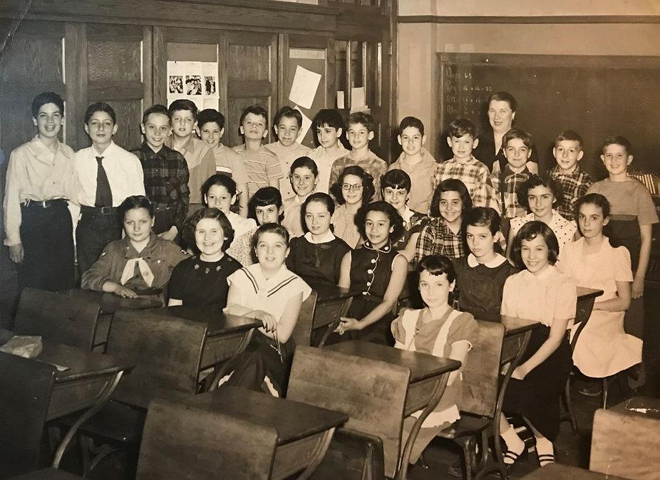 Mrs. Musnik's Grade 6 Class.JPG
