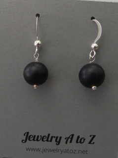 Black bead #720E