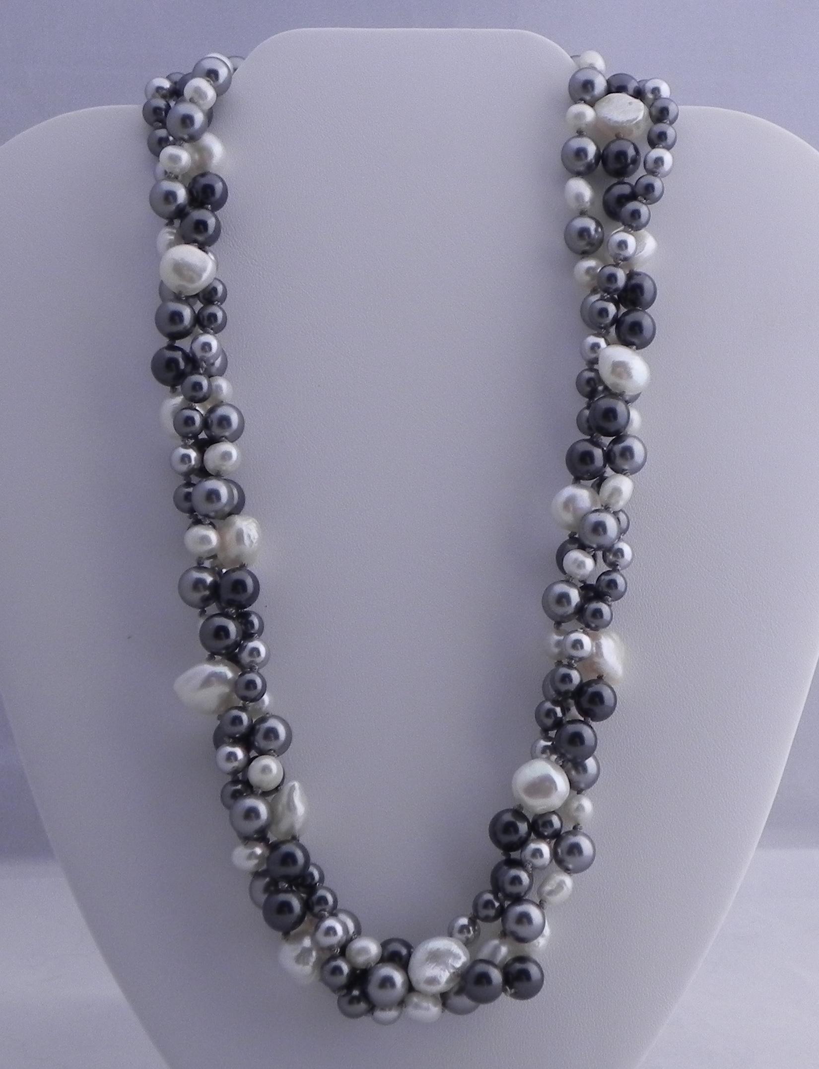 Freshwater Pearls & Swarovski #467
