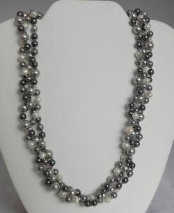 Pearl & Swarovski Pearl #822