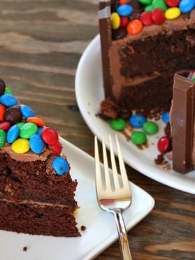 Kit-Kat-Cake-7.jpg