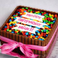 KitKat cake (4).jpg
