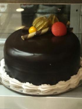 Full cake  (5).jpg