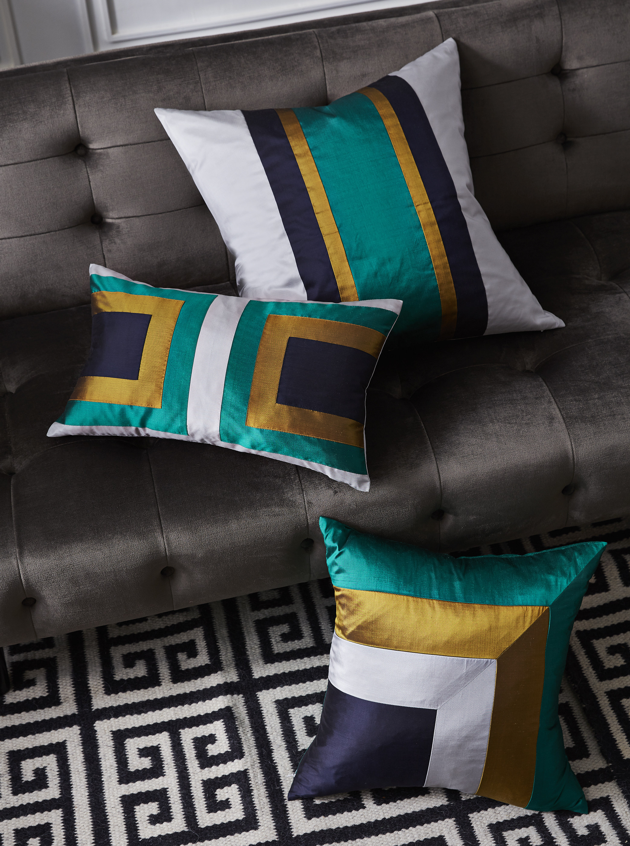 Silk | Geometric | Cushions