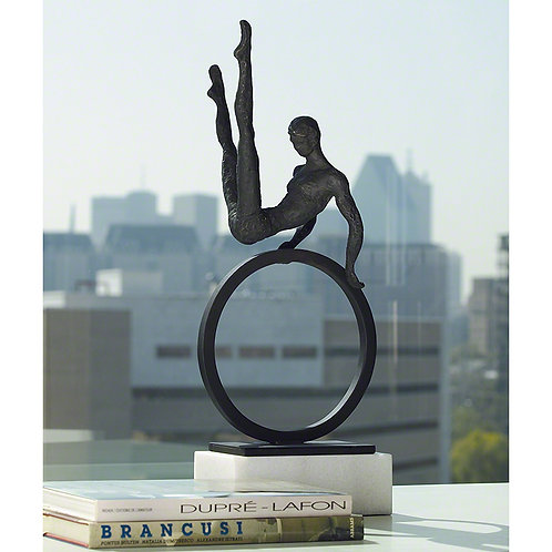 Gymnast Man 體操運動員雕塑
