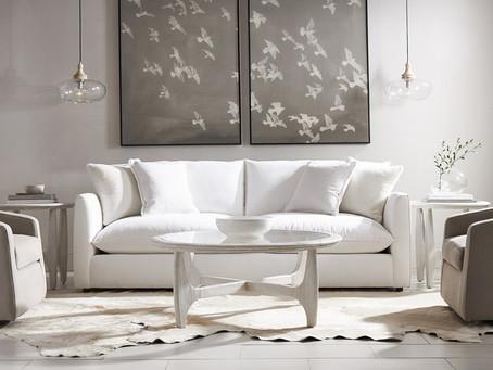 高質感的沙發,完美展現主人不隨便的生活態度~