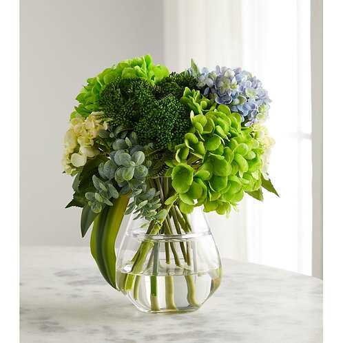 Bold & Beautiful Floral Arrangement