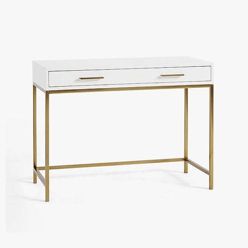 Blaine Classic Desk