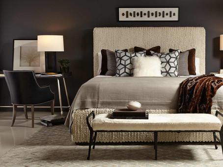 30 款實用又能裝點大臥房空間的 #床尾椅