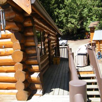Salmon Arm Log Home