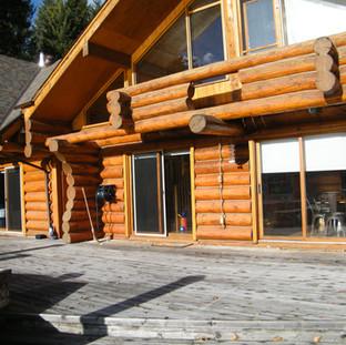 Here's a full scribe log home.