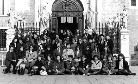 alumni_1989.jpg