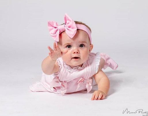 How cute_#newbornphotography #librestudi