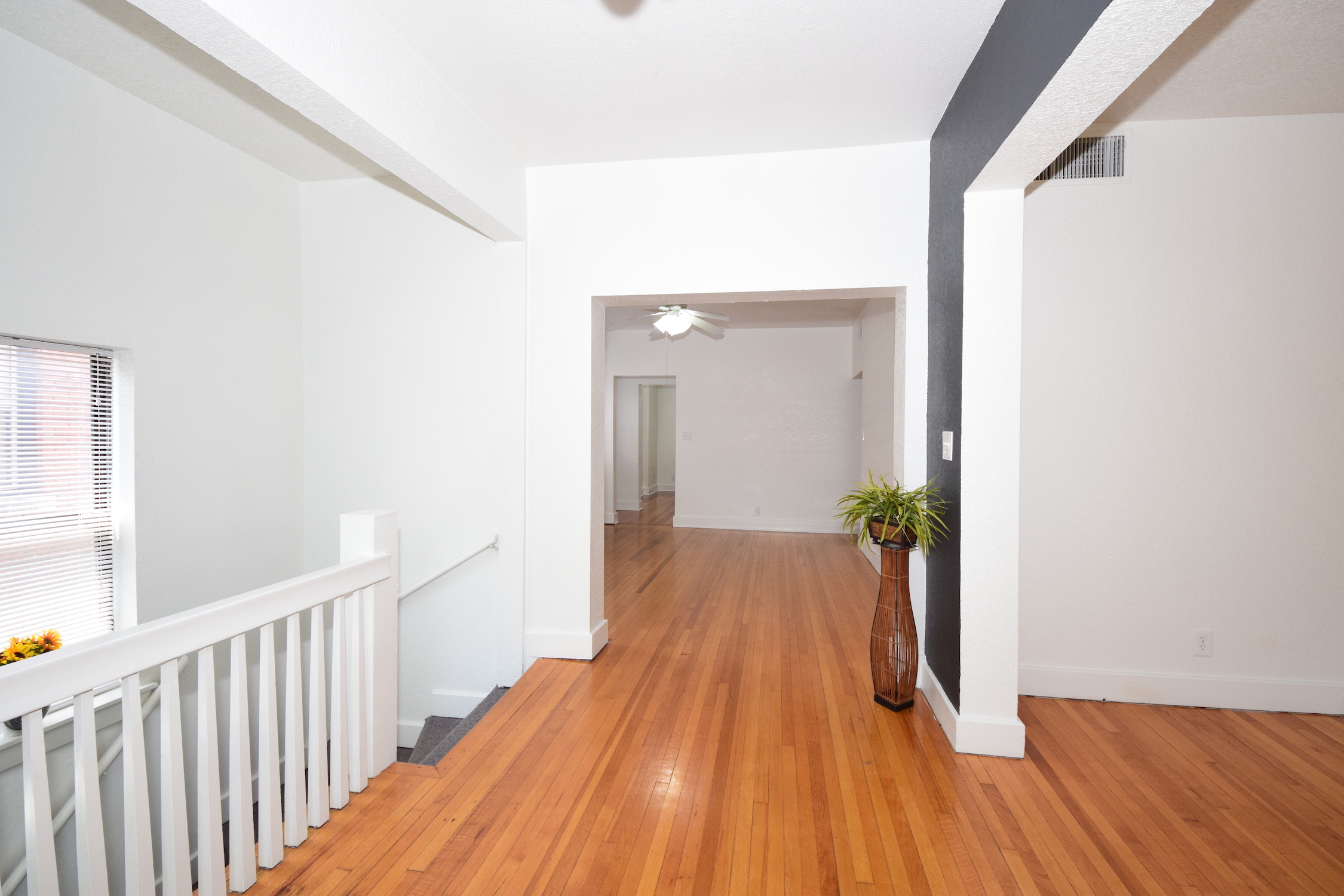 Foyer 7.5' x 14.3'