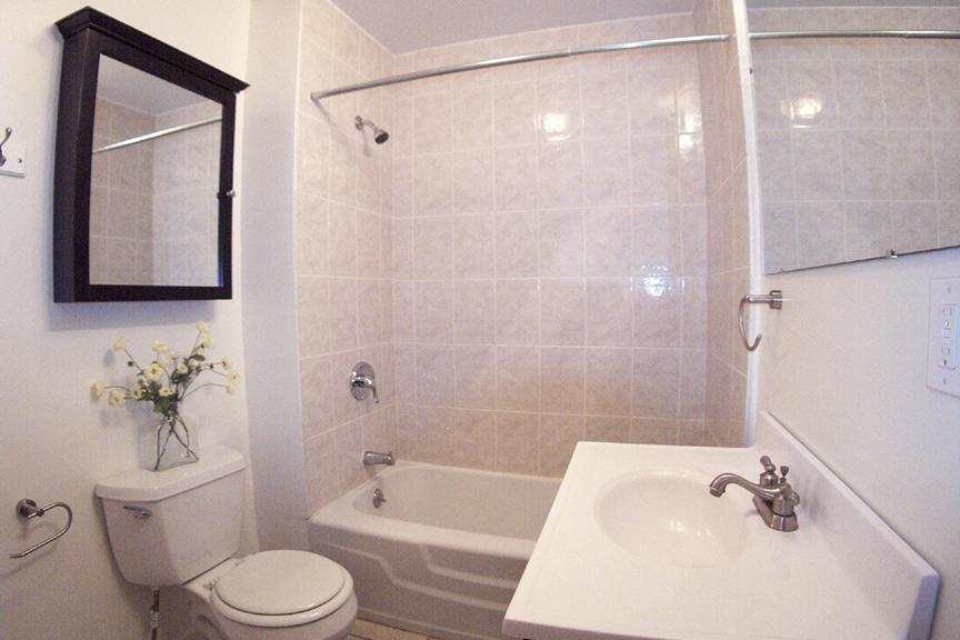 3434 Bath 1