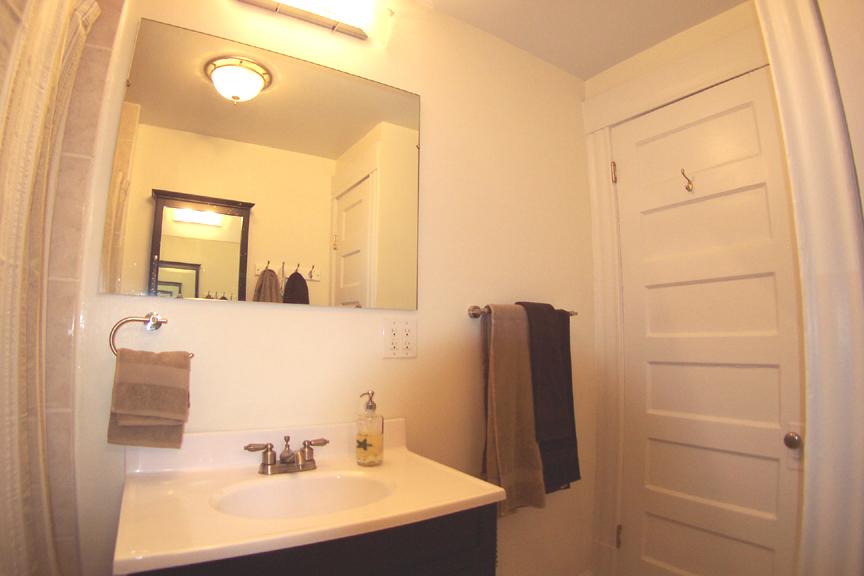 3434 bathroom 3