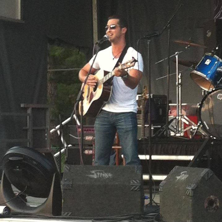 Scott Elk performing for Autism.