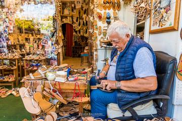 L'arte del sandalo caprese - Italy