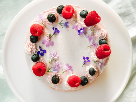 A Blossoming Birthday Cake for Anika