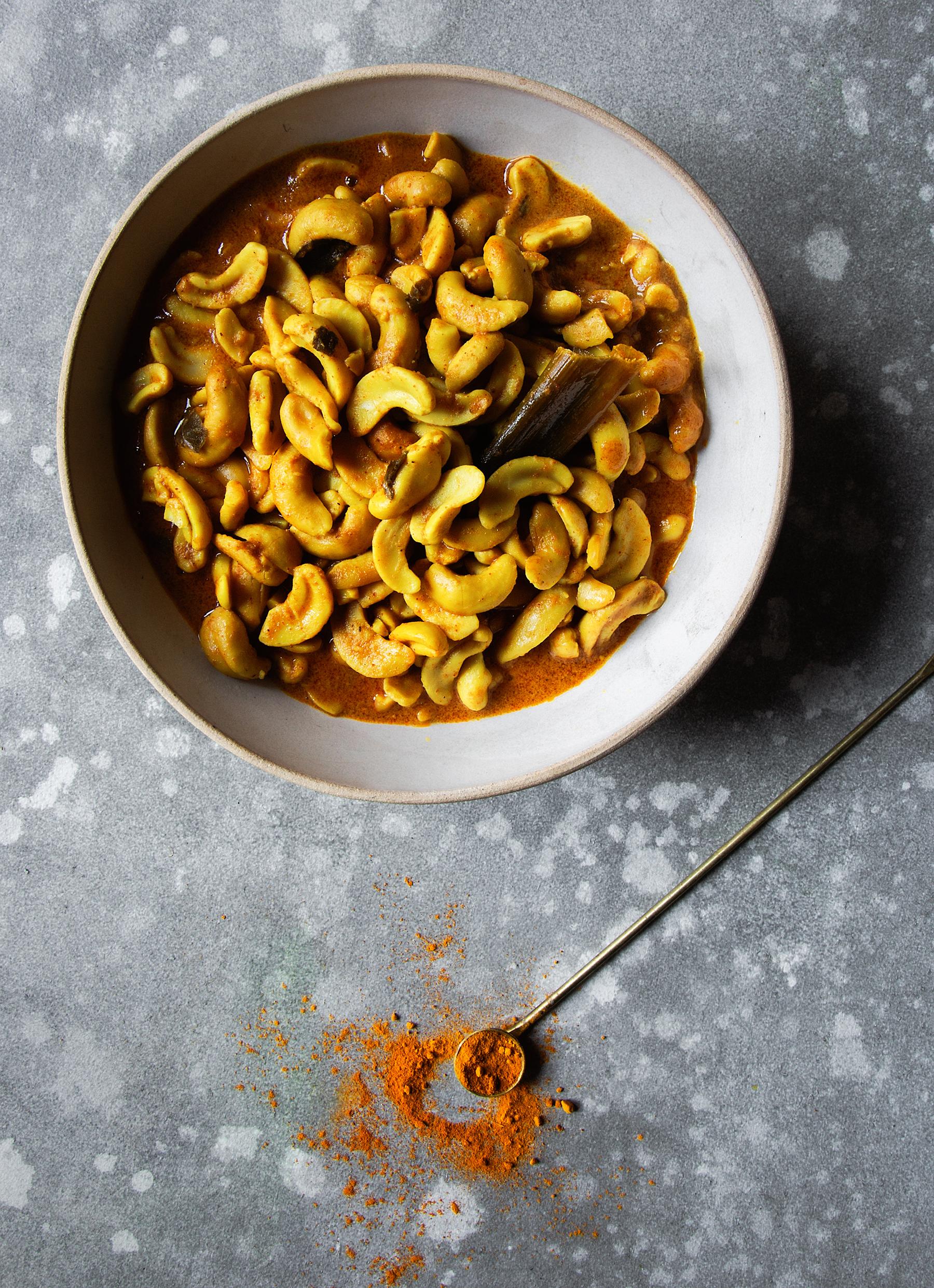 Cashewnut curry