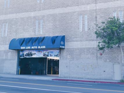 San Luis Auto Glass Entrance