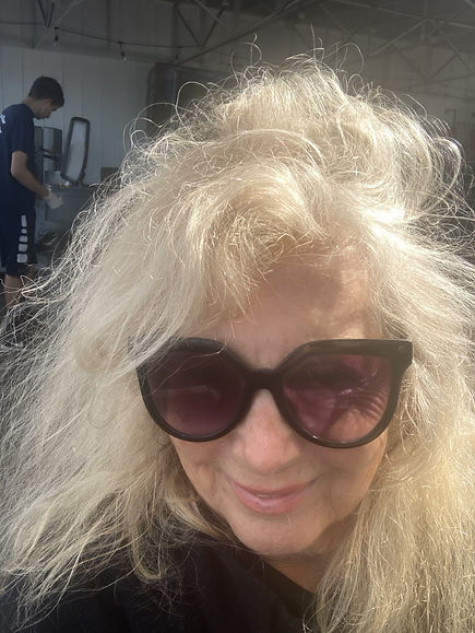 Suzanne selfie.jpeg
