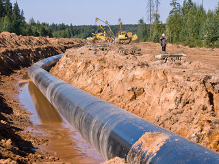 Brownsville Navigation District Okays Talks With LNG Pipeline Despite Community Opposition