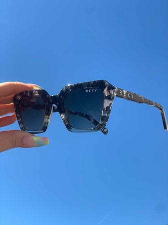 Luxury Fashion Sunglasses With Polarised Lenses