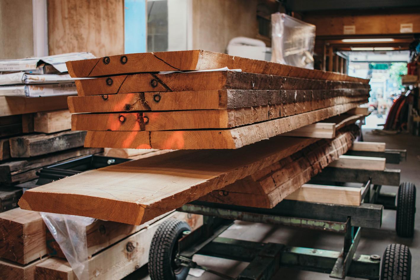 Plankeborde klar til arbejde