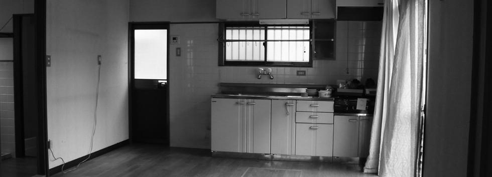 改修前。台所の様子。