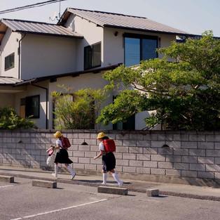 中庄の二世帯の家