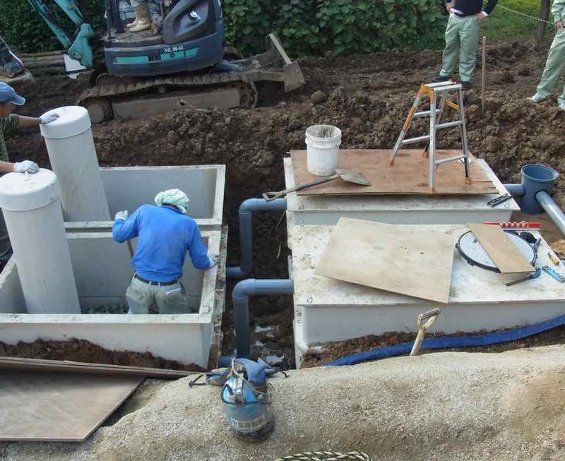 菌の力で汚水を分解処理し浄化する日本バイオテクノの浄化槽システム。