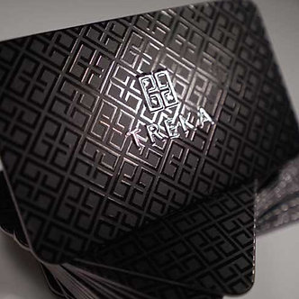 EMBOSSED W/ UV SPOT SILK BUSINESS CARD