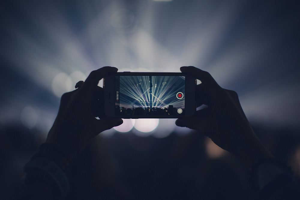 mobile at concert