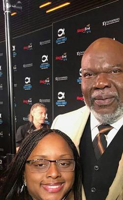Lakeba Wallace & Bishop TD Jakes at MegaFest 2017