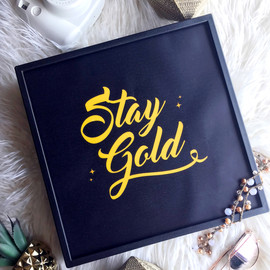Poster Lightbox - Stay Gold.jpg