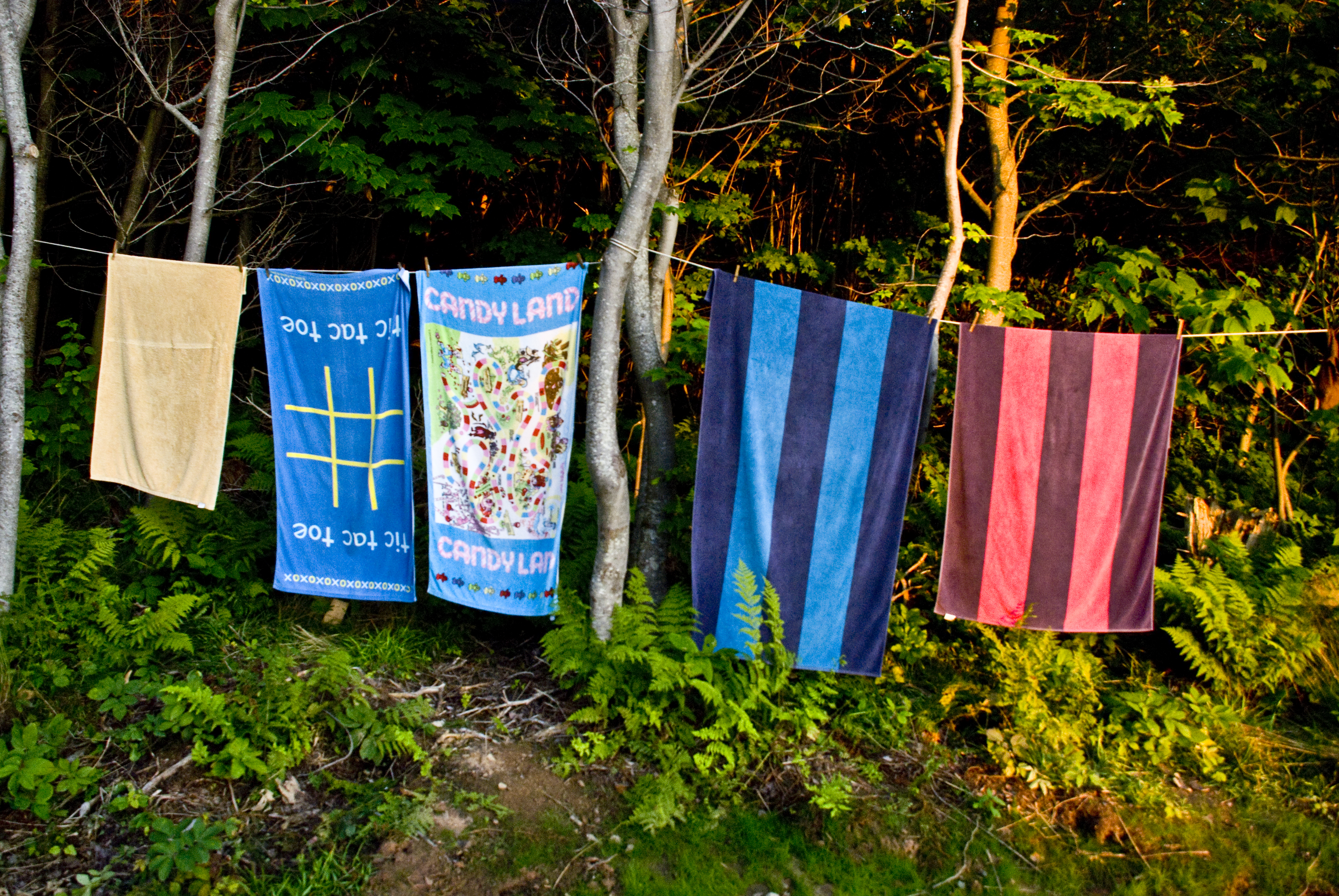 TOWELS DRYING, deepbluesea