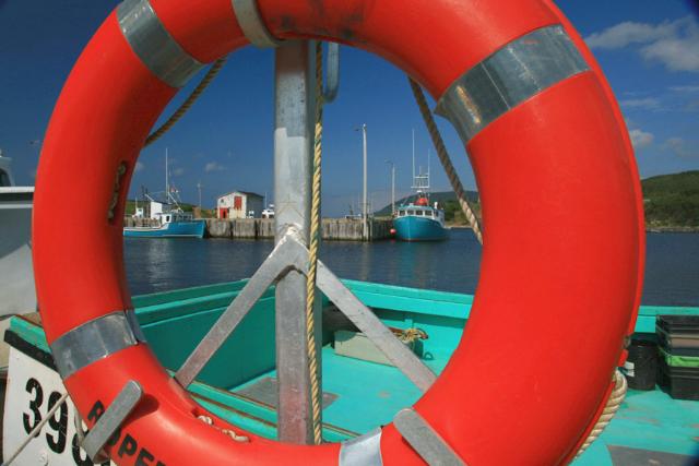 Nova Scotia ll-215 red ring & boats BEST