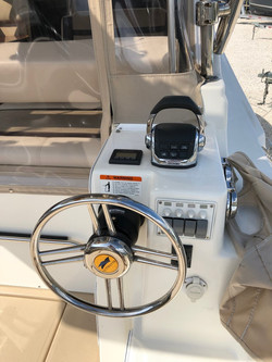 30 Cutwater sport coupe 2014 (18).jpg