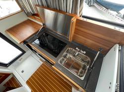 30 Cutwater Sedan 2022 Emile Petro (1).J
